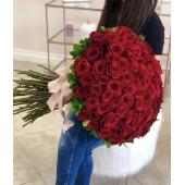 101 роза Ред Наоми высота 80 см