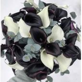 Черно-белые каллы с эвкалиптом