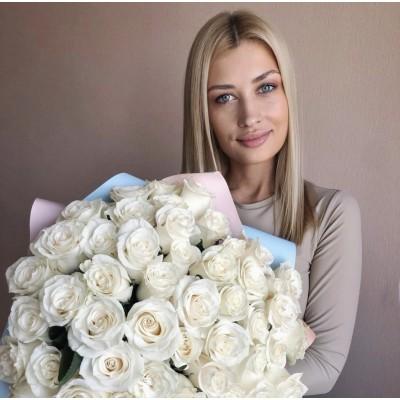 Купить 51 белую розу в Химках